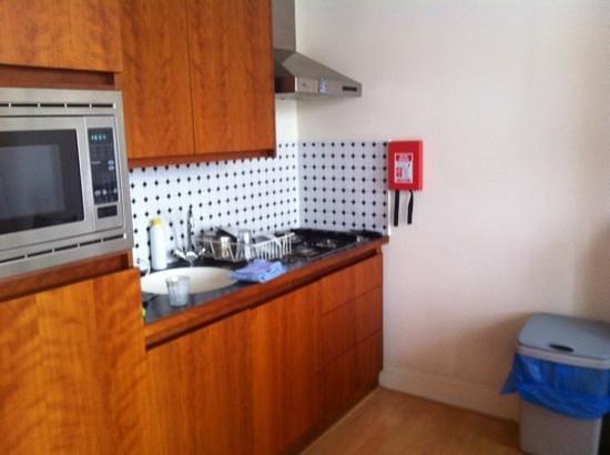 La Bergere Apartments:                   despite an unhelpful reception and a rundown apartment, the amazing (overworke