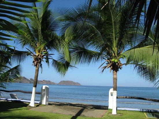 Bahia del Sol Beach Front Boutique Hotel: hotel en strand