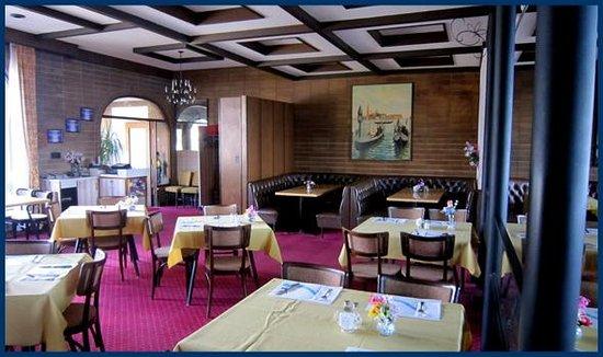 La Gondola Cafe