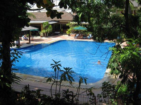 Risata Bali Resort & Spa:                   Pool
