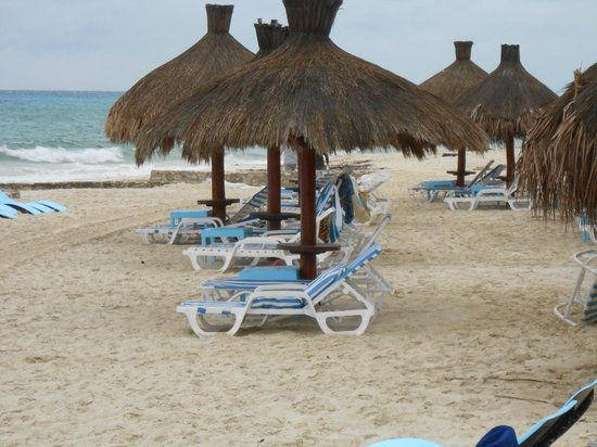 El Cozumeleno Beach Resort:                   Beach cabana's