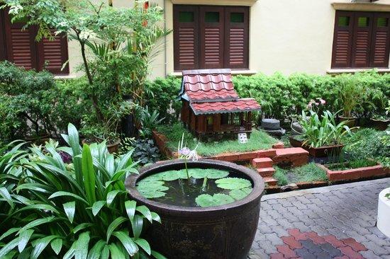 Hotel Puri: Petite cours intérieure
