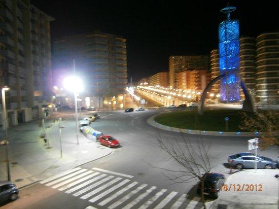 Hotel SB Express Tarragona : Uitzicht kamer voorzijde