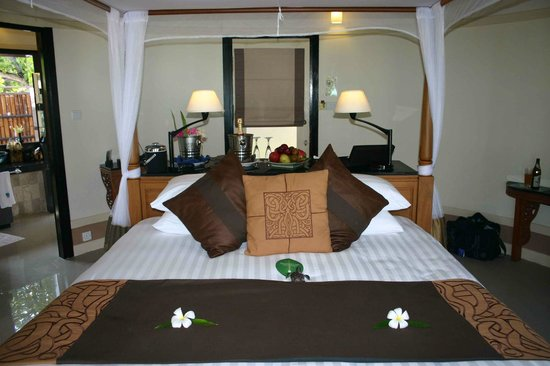Banyan Tree Vabbinfaru:                   Lovely rooms