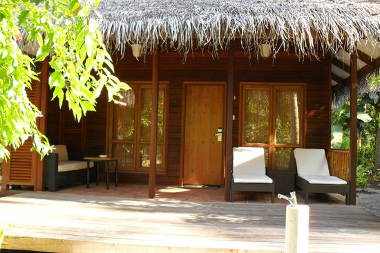Kuramathi Island Resort:                   Beach Villa