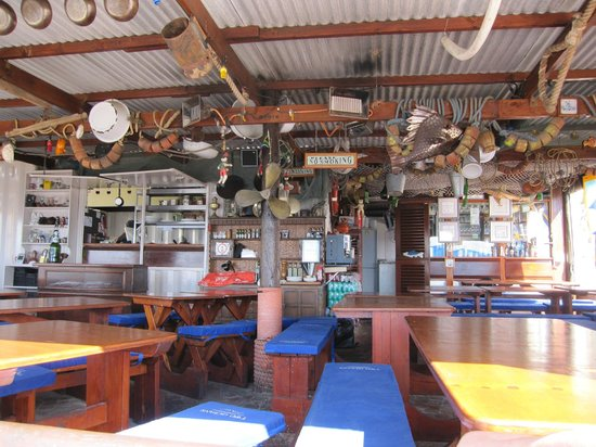 Quayside Cabin:                   Restaurant interior.