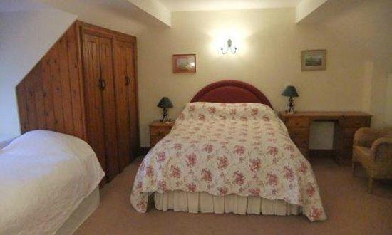 Huntsmill Farm: Old Dairy Cottage bedroom