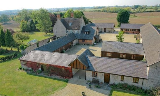 Huntsmill Farm: Arial view of courtyard and house