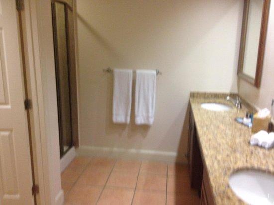 Grande Villas Resort :                   Bathroom