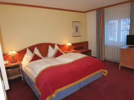 Luitpoldpark-Hotel :                   Bed