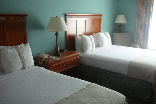 Holiday Inn Winter Haven:                   Two King Beds                 