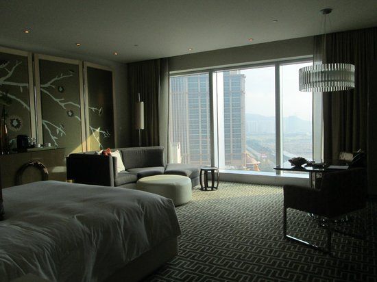 Floor To Ceiling Windows floor to ceiling windows! - picture of crown towers at city of
