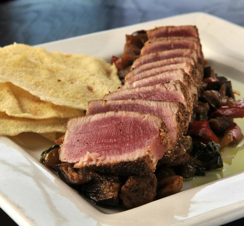 89 Fish & Grill : Seared Ahi Tuna Appetizer