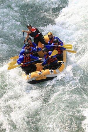 Scopello, Italie :                   Rafting con sesia explorer, ma non solo....