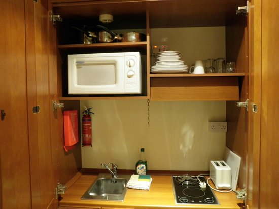 Solana Hotel:                   Kitchen in a cupboard!