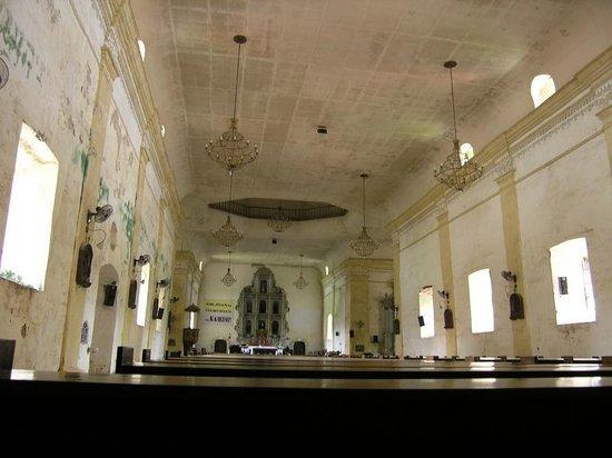 Roxas City, Philippines: Panay church inside