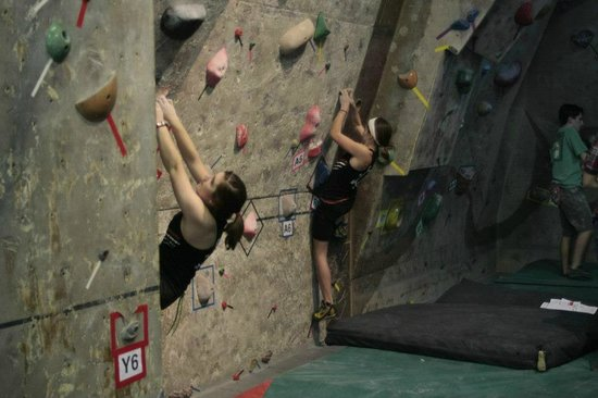Crystal Lake, IL: Rock Climbing