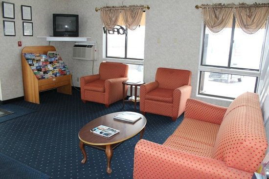 Knights Inn Wentzville MO: Lobby