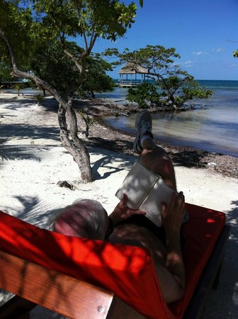 Coco Plum Island Resort:                                                       actually relaxing!