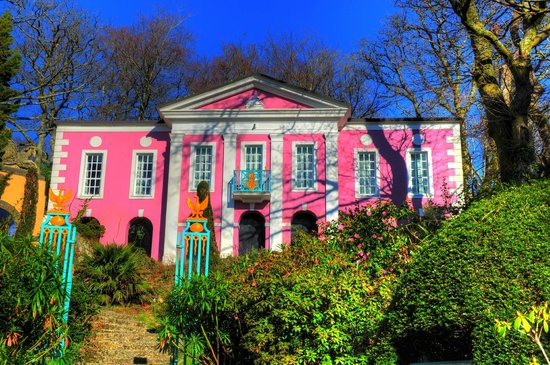 Portmeirion Village: classical proportions