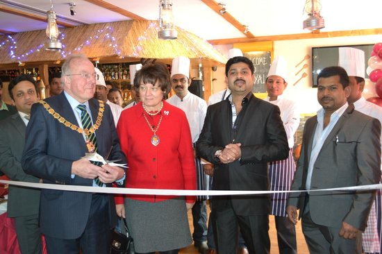 ‪‪West Byfleet‬, UK: Kayal West Byfleet Grand Opening‬