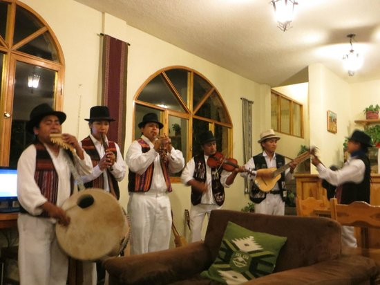 La Posada del Quinde:                   Entertainment on Friday night