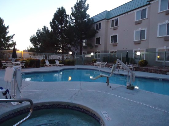 SpringHill Suites Las Cruces: Pool