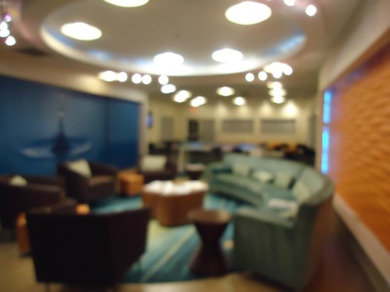 SpringHill Suites Las Cruces: Breakfast area/lobby