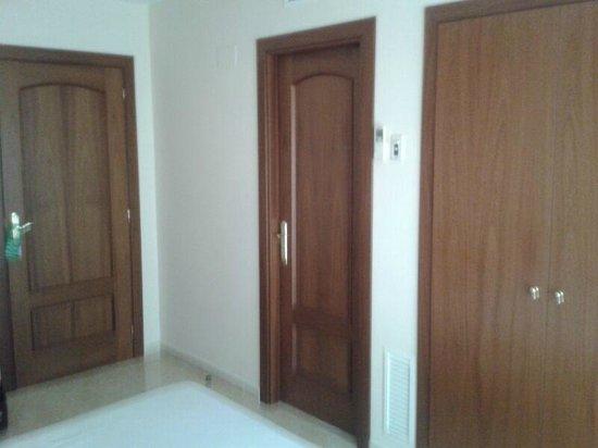 Hotel Archs:                   Habitación doble.