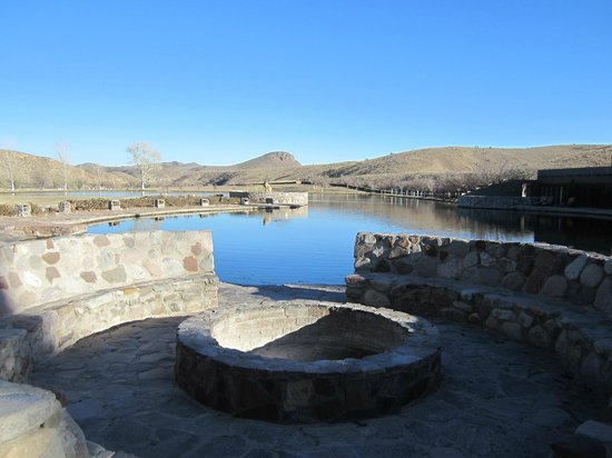 Cibolo Creek Ranch:                                     View of lake and mountains from the fire pit.
