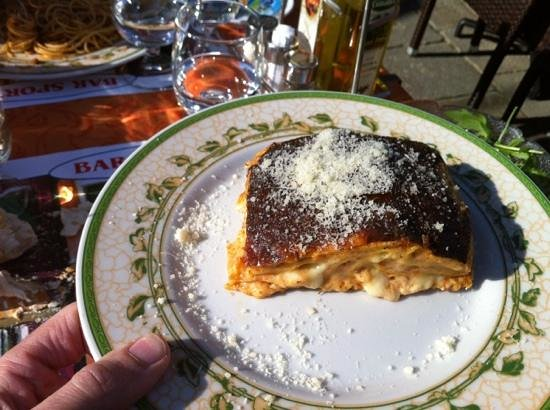 Pizzeria Spaghetteria Bar Sport:                                     lasagne maison