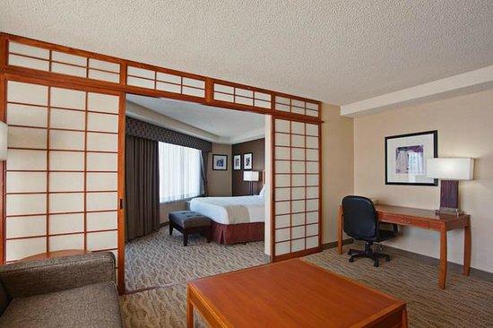 Holiday Inn Torrance: One Bedroom Suite