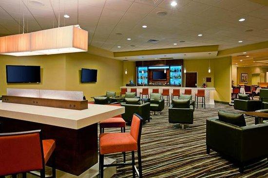 Holiday Inn Torrance: Ginger Lounge / Bar