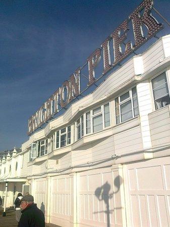 Hotel Una: Pier