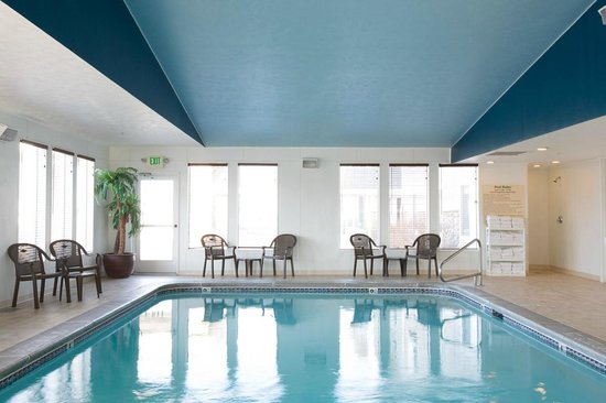 Hampton Inn Helena: Indoor pool