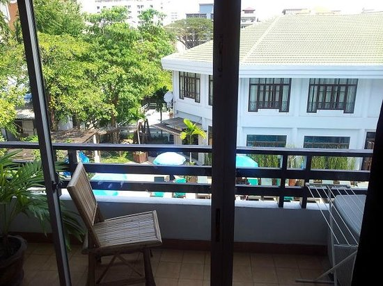 Areca Lodge:                   Relax in the balcony