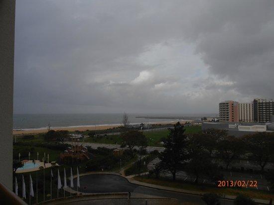 Crowne Plaza Vilamoura - Algarve: vistas de la playa desde la habitacion