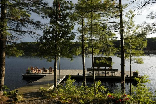Sherwood Inn: Lake Joseph