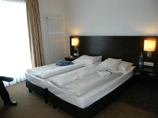 Holiday Inn Express Dortmund:                   Room