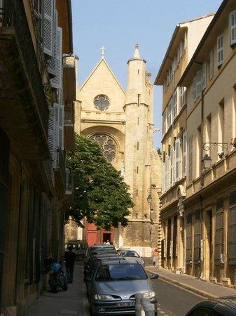 Hotel Cardinal: Vista da rua