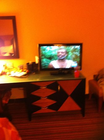 Holiday Inn Houston Intercontinental Airport:                   TV