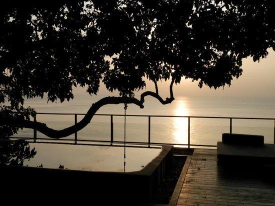 Paresa Resort Phuket: Coucher de soleil