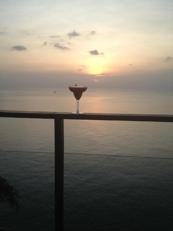 Paresa Resort Phuket: Happy Hour