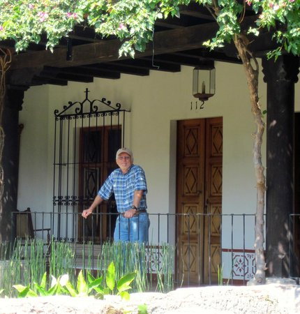 Hotel Posada de Don Rodrigo: Marty outside the large room, there was a little private garden