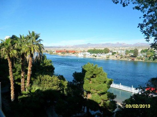 Harrah's Laughlin:                   View from hotel