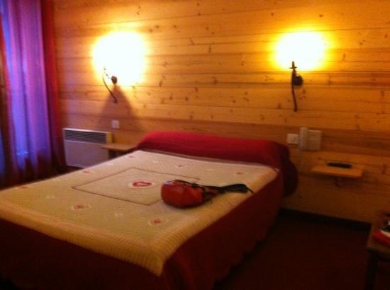 Hotel de la Cascade : chambre