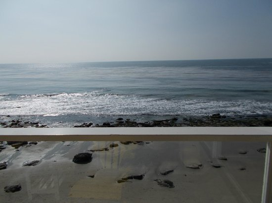 Pacific Edge Hotel on Laguna Beach:                   View from my room