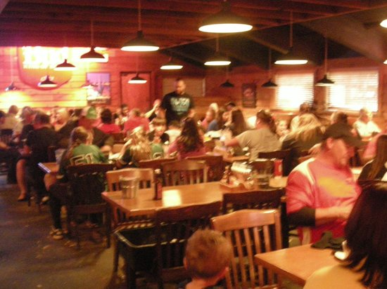 Texas Roadhouse: Dinning area