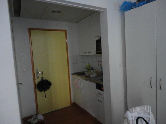 Citystudios:                   small kitchen