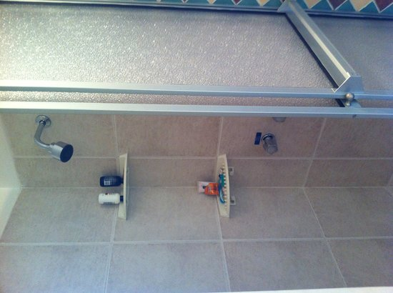 La Cite Hostal: Bathroom